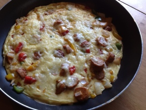 cocktail-sausage-and-paprika-omelette